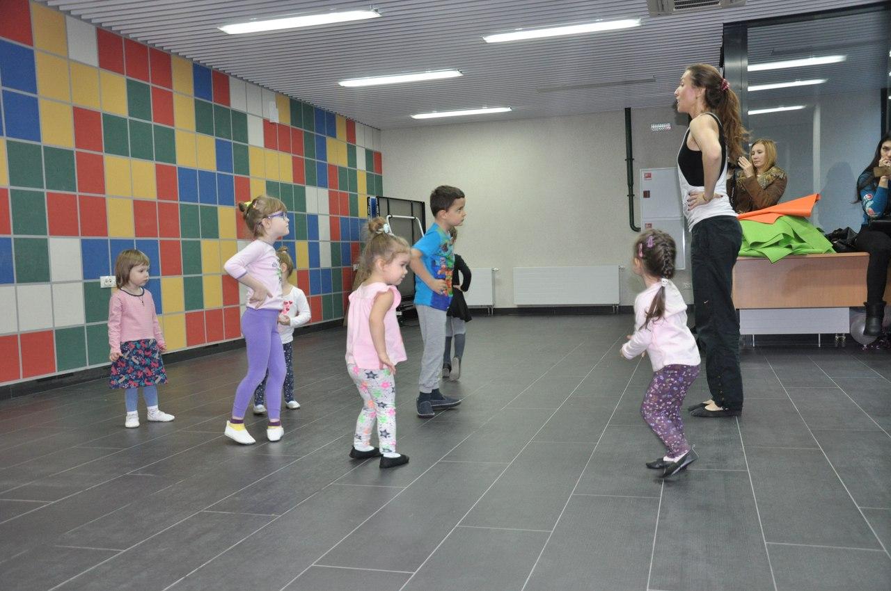 Снять девочку Нижне-Каменская ул. девочки по вызову Бухарестская